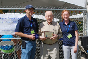 man receiving legacy donor award | coyotehill.org