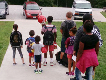 Loading up for first day of school | coyotehill.org