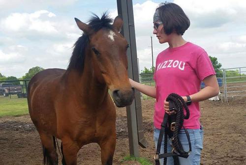 Natural Lifemanship Training, Therapist Rachel Howell | coyotehill.org