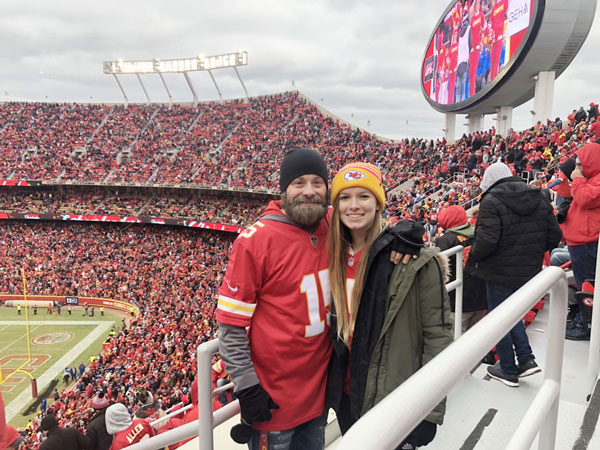 Father daughter at Kansas City Chiefs game | coyotehill.org